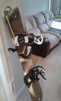 148cm long Swing Snowboard, very good condition VANCOUVER