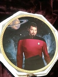 Star Trek collectible plate
