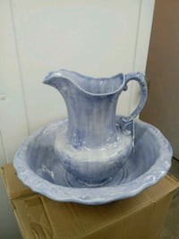 Water pitcher and bowl 42 km