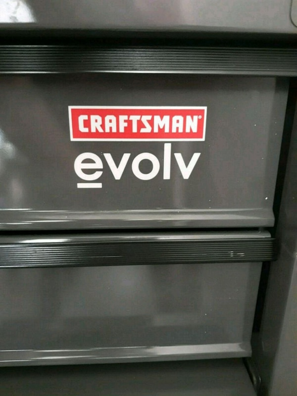 Craftsman Evolv Tool Box