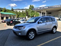 Team West Auto Group 2009 Mitsubishi Outlander SE 4WD Local One owner 7 Seats clean !!  Coquitlam