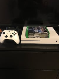 Xbox one s console with controller and games Calgary
