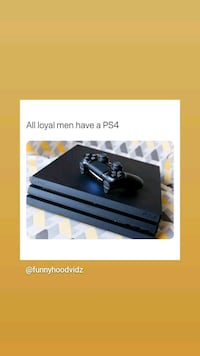 Ps4 with 2 remotes