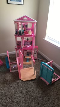 barbie dream house with everything Dallas, 30157
