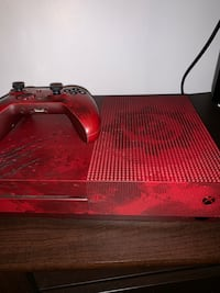 Xbox 2TB (gears of war) Edition  Mississauga, L5L 2V8