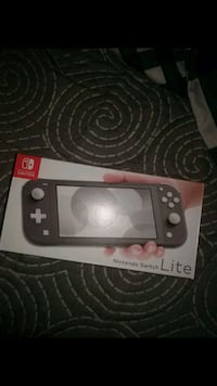 Nintendo switch lite Mississauga, L5M 5H3