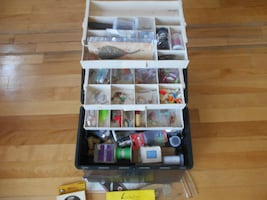 Full fishing tackle box, beginnrs, Fenwick