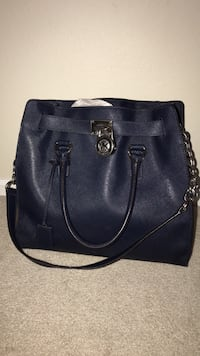 Michael Kors purse navy blue  Mc Lean, 22102