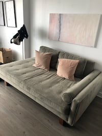 Couch daybed