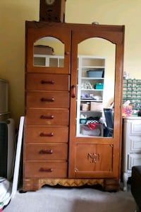 Solid wood Armoire  Markham, L3R 4N9