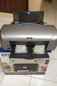 Epson Printer with 6 unopened new Cartridges