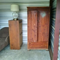 Antique Cedar Wardrobe Utica, 39175