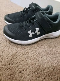 UNDER ARMOR brand boy sneakers, are new I bought them for my son they  Edmonton, T5A 3A6