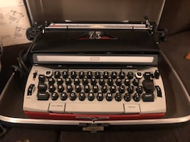 Sears Medalist Power 12 Typewriter RED with Case