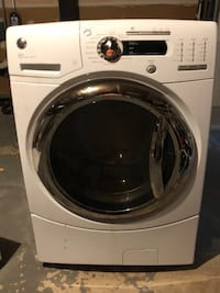 GE Front Load Washer Machine With Pedestal Springfield