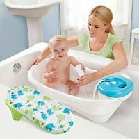 Baby bath tub with shower head