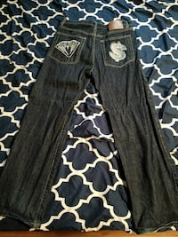 Dark blue jeans. Size says XL fits about like a 34 Eden Valley, 55329
