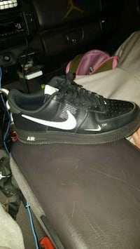 Size 9 and 1/2 Air Forces Louisville, 40118