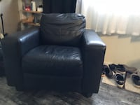 Black Faux Leather Chair Costa Mesa, 92627