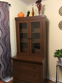 brown wooden cabinet with drawer 252 mi