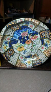 white, blue, and red floral ceramic plate Middletown, 45042