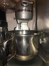 Kitchen aid mixer Burnaby, V3N 1V2