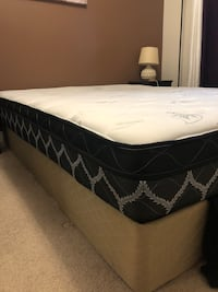 Twin bed mattress and box  Kitchener, N2A 0C6
