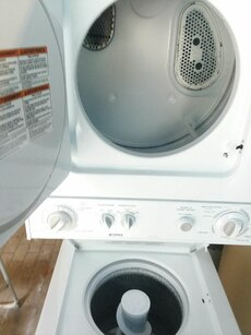 #1724 Kenmore Heavy Duty stackable washer and drye