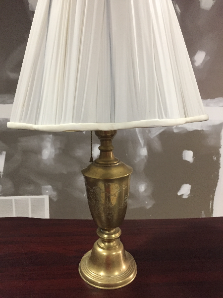 white and brass table lamp 1300 km