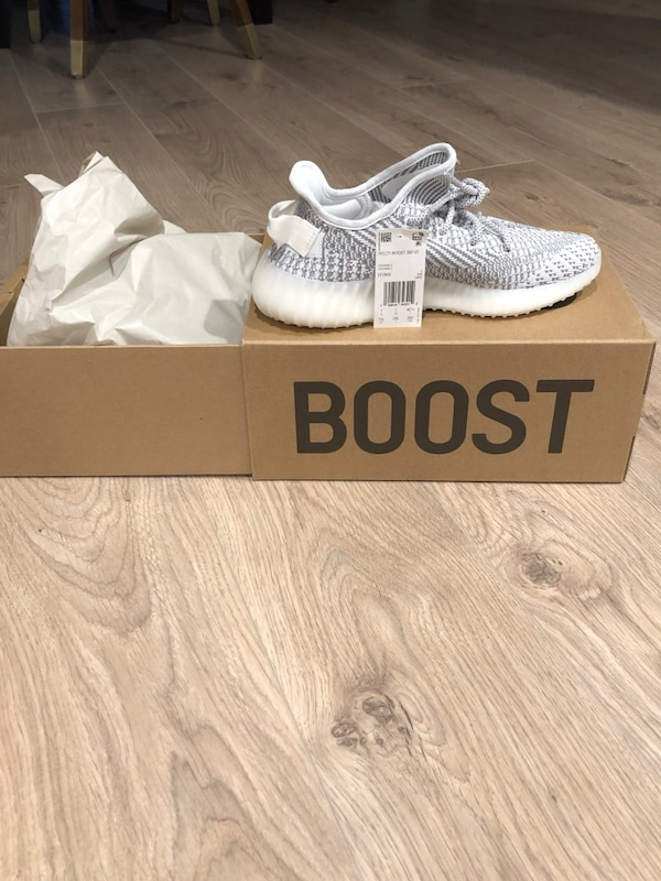 2223c6447 Used Pair of white adidas yeezy boost 350 v2 brand new size 7.5 men s for  sale in Los Angeles - letgo