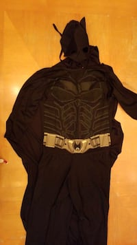 Kids medium batman costume Winnipeg, R2G 0N2