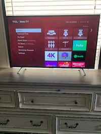 Used 55 inch plasma tv does not have the feet so it has to