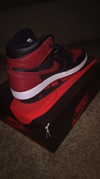 Size 11 NDS Nike Retro On Bred OG High Indianapolis, 46222