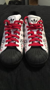 Adidas classic all star shoes Whitby, L1N 9R7