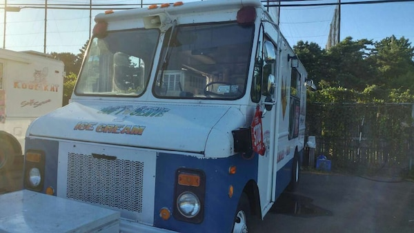 Ice Cream Truck For Sale >> Used Soft Serve Ice Cream Truck For Sale In Woodbury Letgo