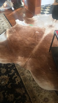Brown and white cowhide area rug Vancouver, V5L 2N3