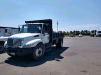 2005 INTERNATIONAL 4200  DUMP TRUCK NON CDL Chatsworth