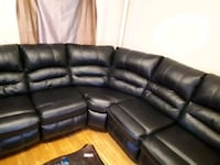 Sectional leather couch  Winnipeg, R3C