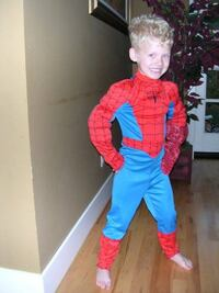 kids ages 4-6 yrs..25.00...spiderman suit..glove lost CALGARY