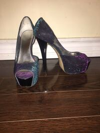 Pair of purple peep toe platform stilettos Vaughan, L6A 1E8
