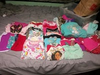 toddler's assorted clothes Roseville, 55113