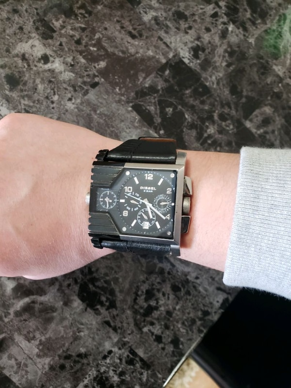 Diesel Mens chronograph watch with silver link b 1