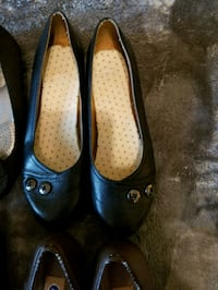 pair of black leather flats Ringgold, 30736