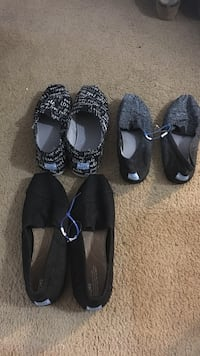 toms slip on shoes 3 pairs