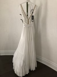 Wedding /Party/ Evening Dress (France ) King, L7B 1A3