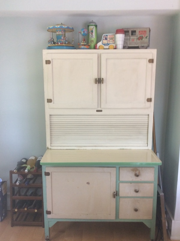 1940 S Antique Hoosier Cabinet Vendido