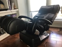 Human Touch 7450 Zero Gravity Massage Chair, Black Leather Reston, 20194