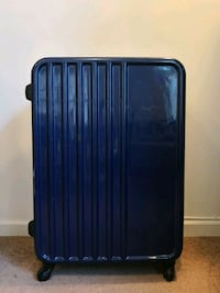 """American Tourister Spinner Luggage 28"""" New Brunswick, 08901"""