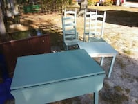 Drop leaf table and chairs  Winnabow, 28479