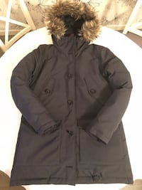 Peak performance parkas  6647 km